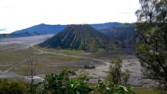 6 LE MONT BROMO  VOLCAN-JAVA